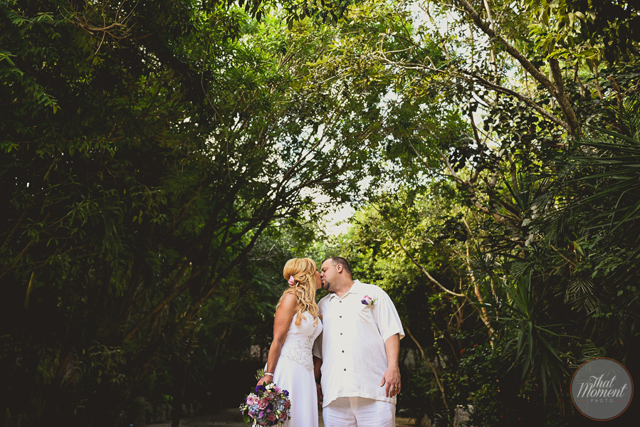 wedding session in cenote