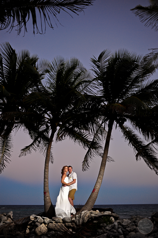 session bride and groom by the beach